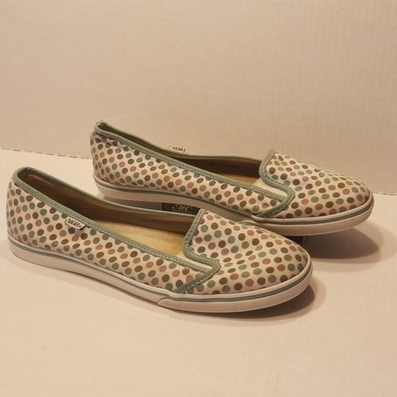 vans slip on shoes size 10